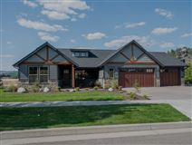 Luxury real estate beautiful craftsman rancher on Spokane River