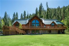 SPectacular Lodge mansions