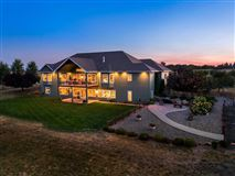 immaculate custom home on ten acres luxury real estate
