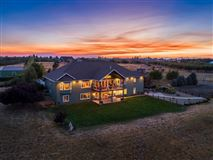 immaculate custom home on ten acres mansions