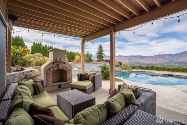 Luxury real estate Stunning Fancher Heights view home