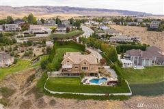 Luxury homes Stunning Fancher Heights view home