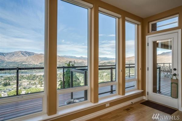 Stunning Fancher Heights view home mansions