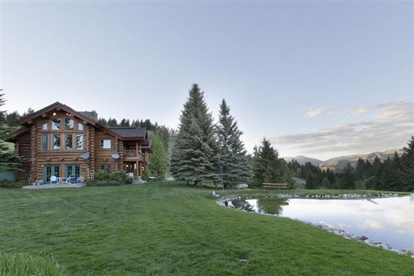 Luxury real estate rare mountaintop property