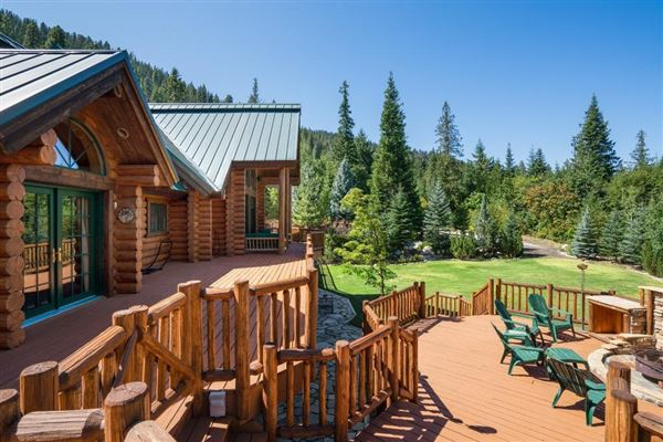 Spectacular and elegant log home lodge luxury properties