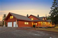 Luxury homes sprawling North IDAHO Equestrian Ranch