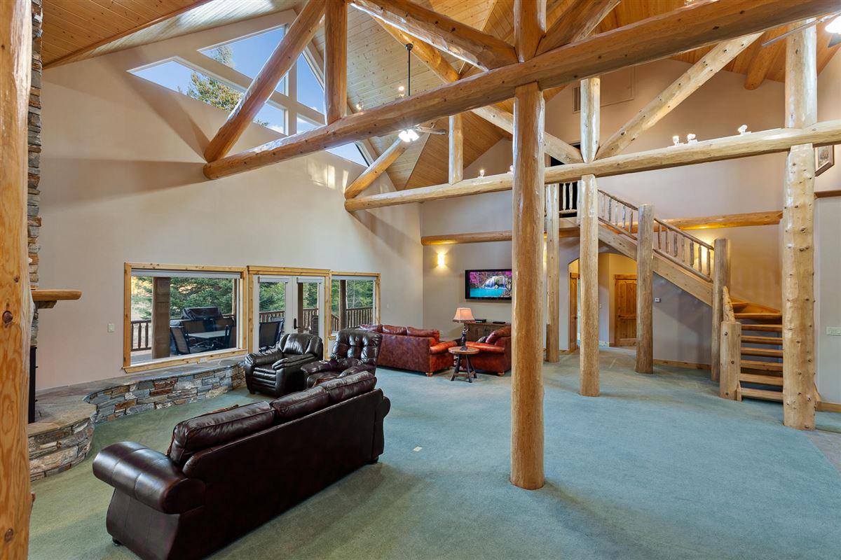 sprawling North IDAHO Equestrian Ranch luxury properties