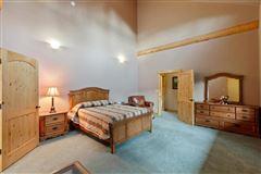 Luxury homes in sprawling North IDAHO Equestrian Ranch