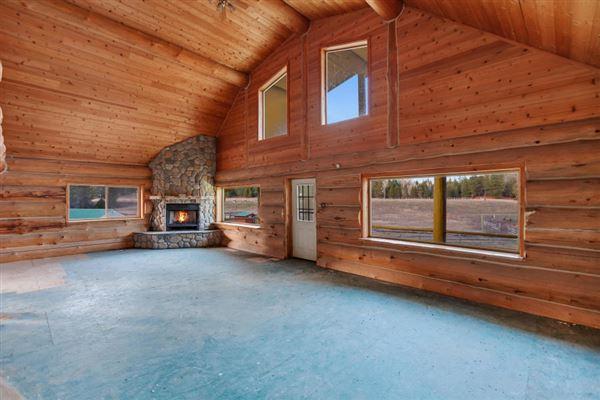 Luxury real estate sprawling North IDAHO Equestrian Ranch