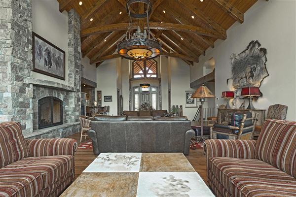Amazing custom home on over 160 acres luxury homes