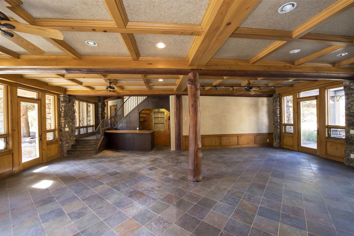Luxury real estate grand residence in hailey