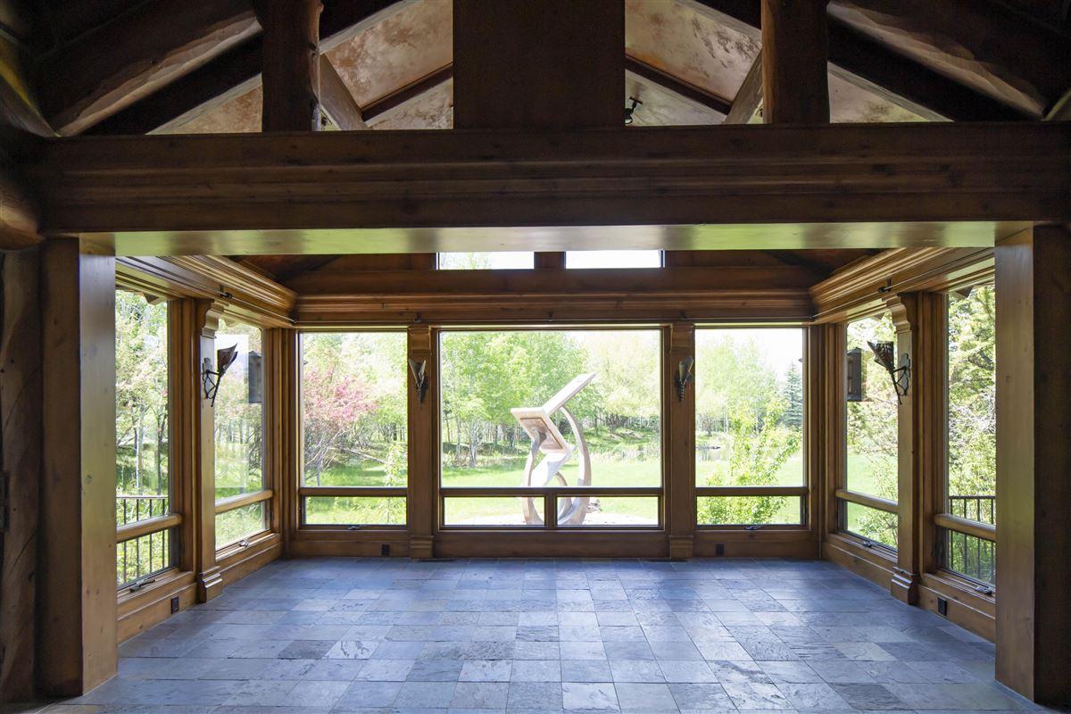 Luxury properties grand residence in hailey