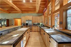 Custom artistic craftsman style home mansions
