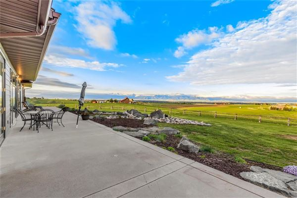 Luxury homes the quintessential rancher