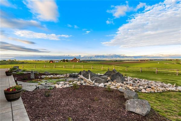 the quintessential rancher luxury properties
