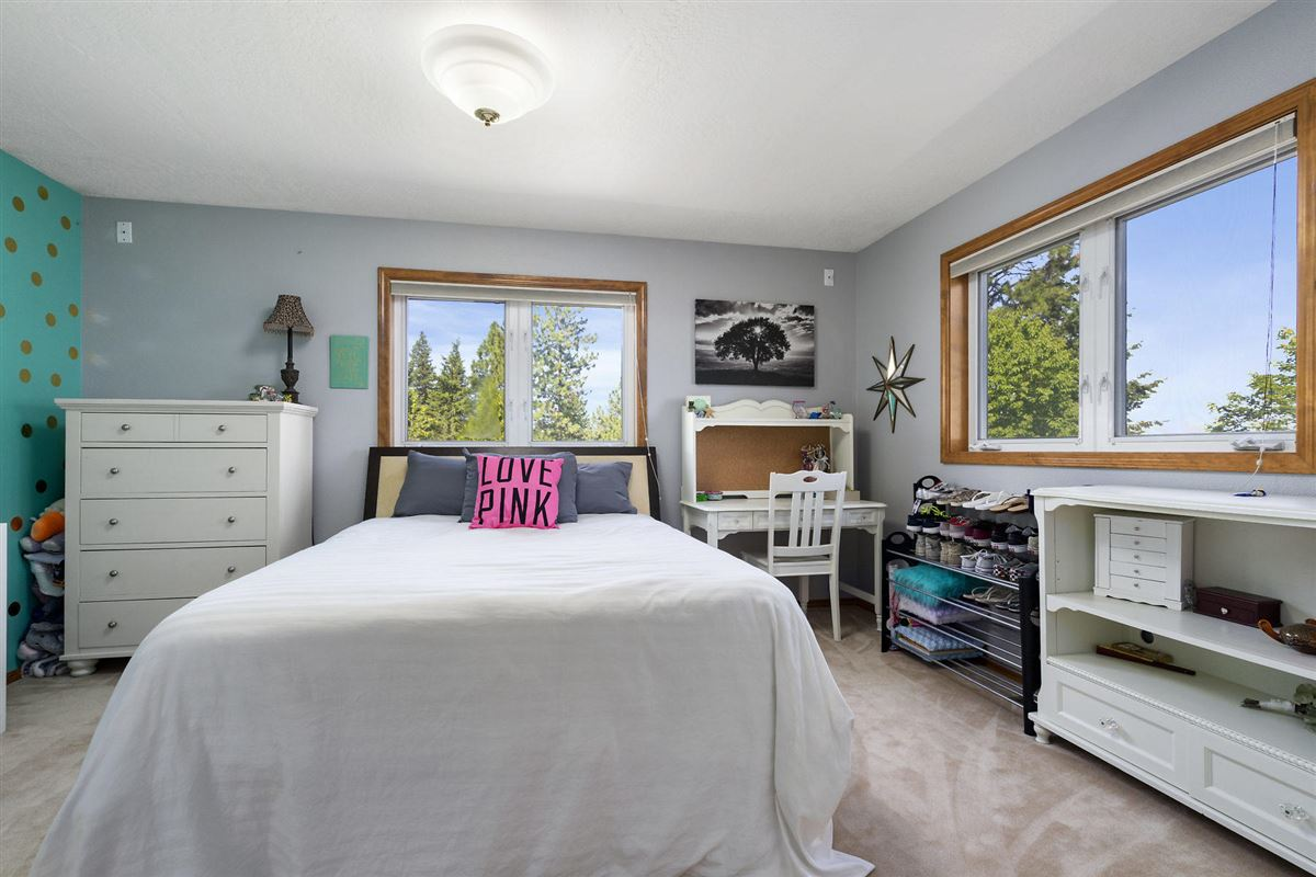 North Idaho mountaintop gem  luxury real estate