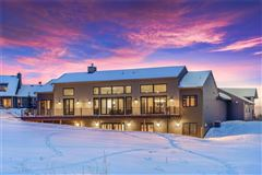 amazing contemporary in bozeman mansions