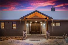 Luxury homes in amazing contemporary in bozeman