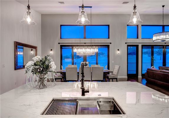 Luxury properties amazing contemporary in bozeman