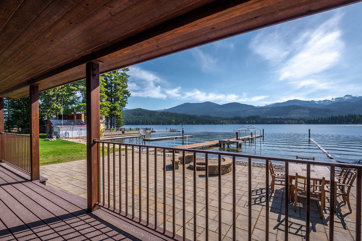 Mansions A rare opportunity on Priest Lake