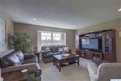 equestrian estate in desired Rancho Reata area luxury properties