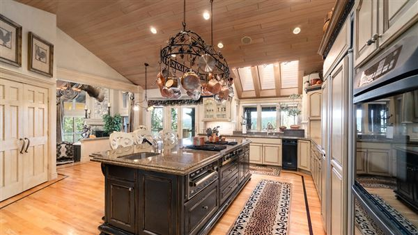 One of the most stunning properties in Eastern Washington mansions