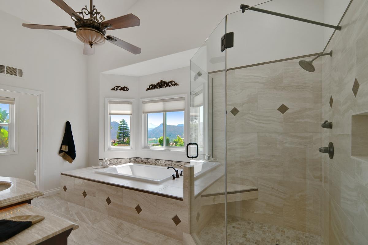 Luxury properties Absolutely stunning single story
