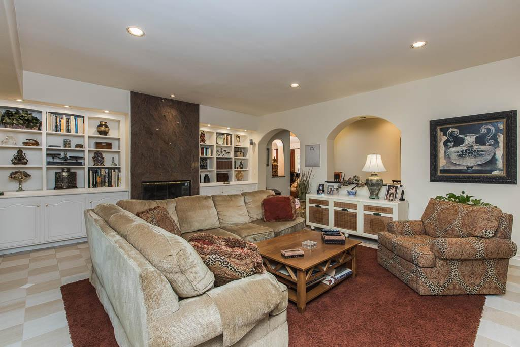 Traditional Porter Ranch Home mansions