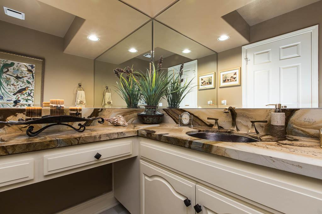 Mansions in Traditional Porter Ranch Home