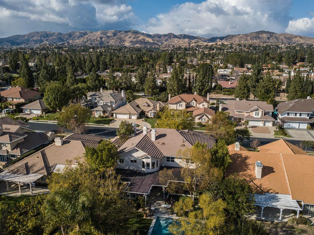 Mansions Traditional Porter Ranch Home