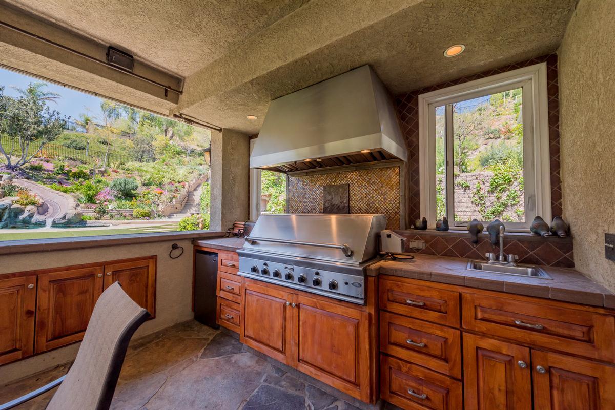 Exquisite Bridlewood Estates luxury homes