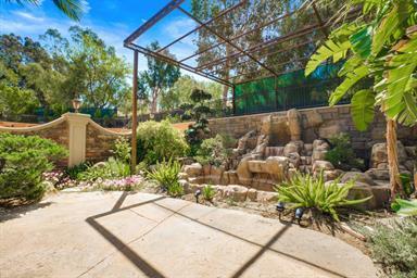 Luxury properties Shadow Hills Beauty