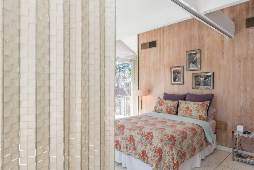 Mid Century Modern Masterpiece luxury properties