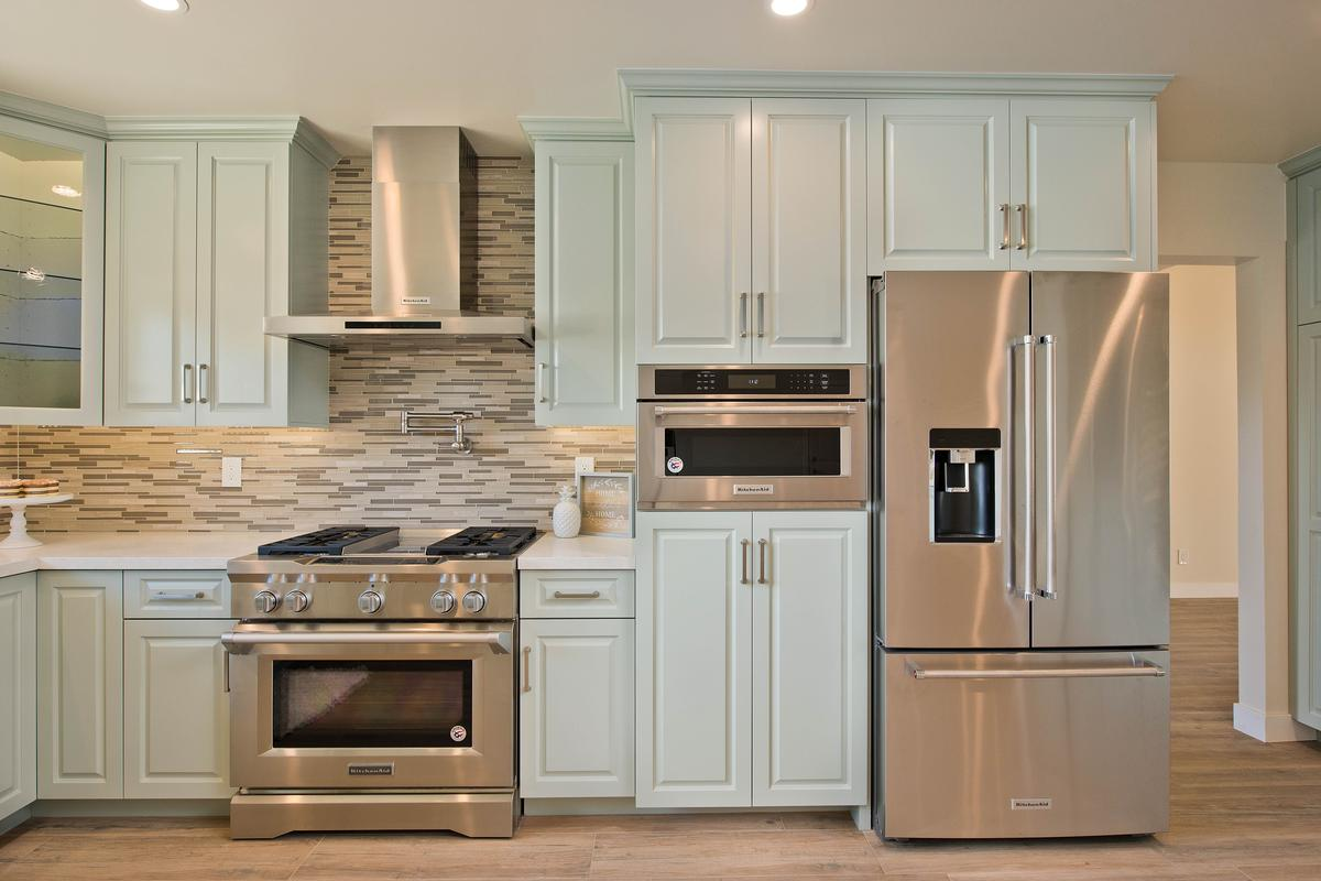 Luxury homes Knollwood Estate  Updated Single Story Home