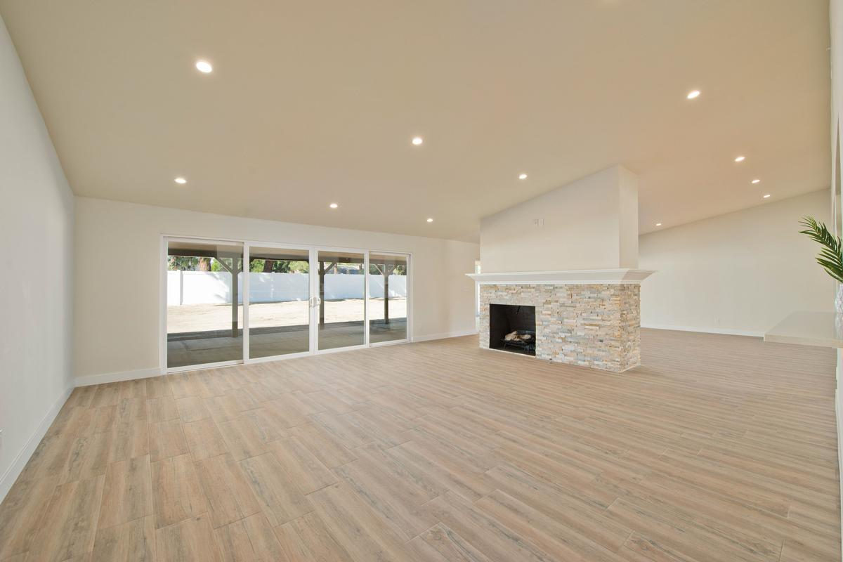 Luxury real estate Knollwood Estate  Updated Single Story Home