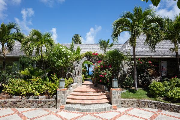 Luxury homes unique Caribbean jewel