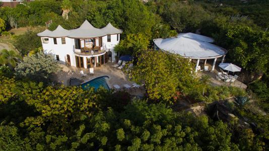 Luxury real estate On The Rocks Villa