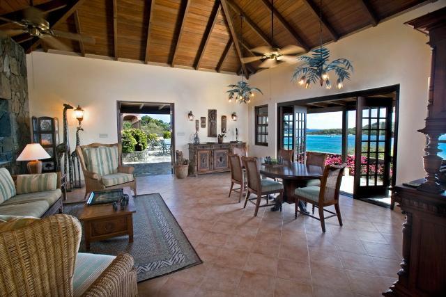 Luxury homes Palm Ridge