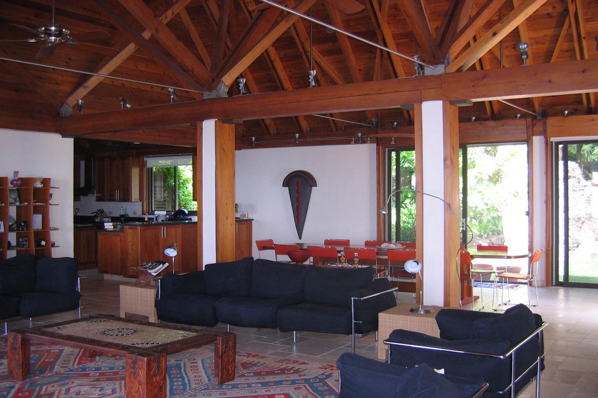 Luxury real estate Enchanting villa in little trunk bay