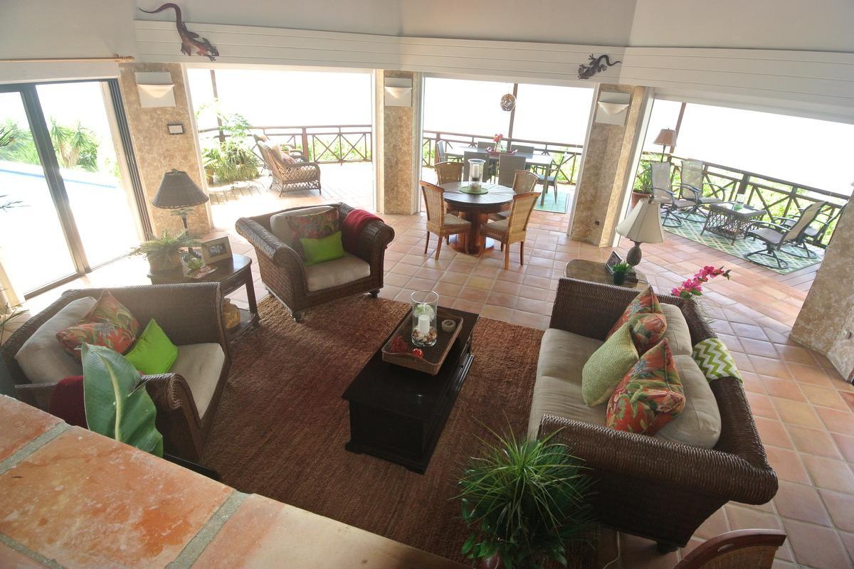 Luxury homes High Point Villa
