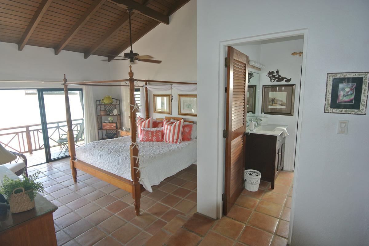 Luxury properties High Point Villa