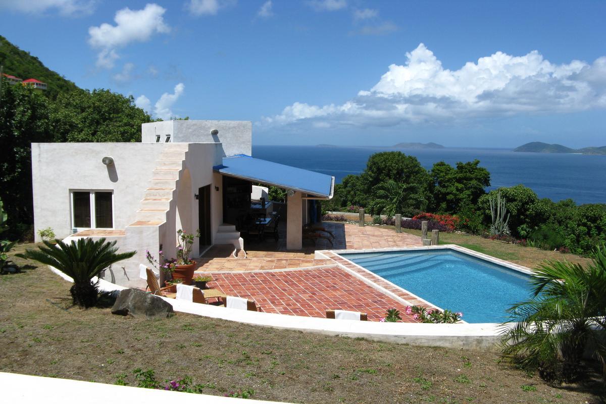 Charming Mediterranean style villa luxury properties