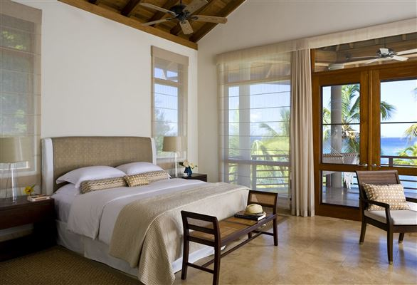 Luxury homes Aquamare
