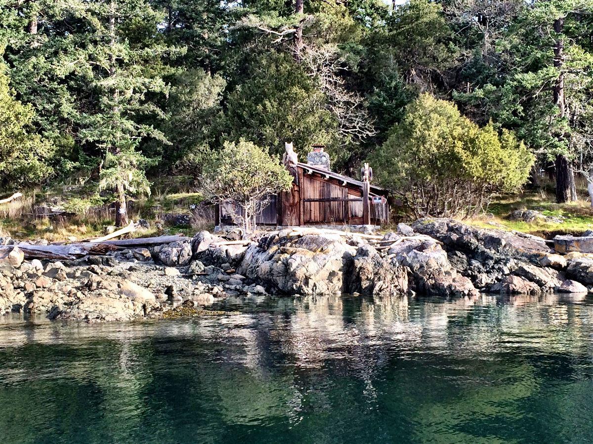 REEF ISLAND luxury homes