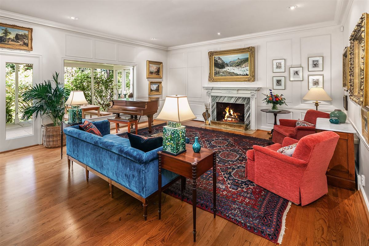 The bespoke life luxury homes