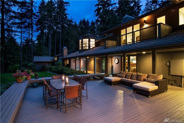 beautifully renovated home in the historic seattle highlands luxury properties