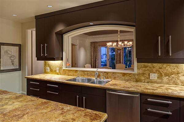 Luxury homes the landmark Gibbs House