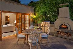 the landmark Gibbs House  luxury properties