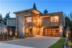 stunning new luxury home in the Highlands mansions