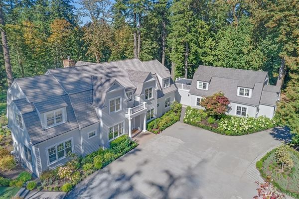 Mansions gorgeous Dutch Colonial Grand Ridge estate
